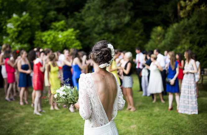 3 Things to Discuss with Your Wedding DJ